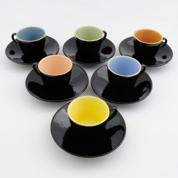 colourful cups brusel