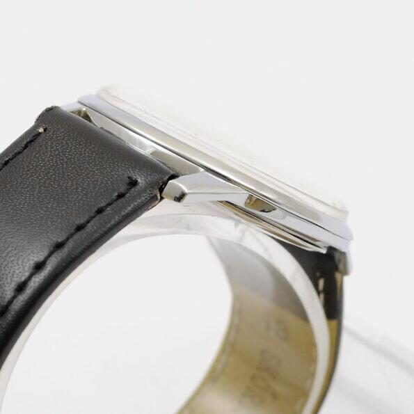 Chromowana koperta zegarka Doxa