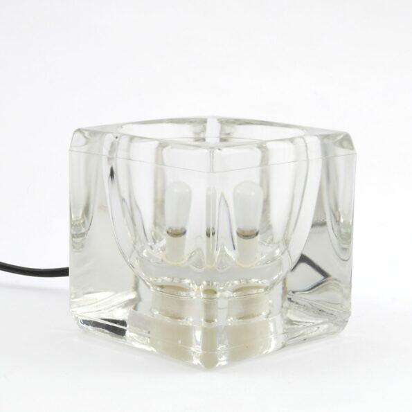 Szklana lampka kostka lodu