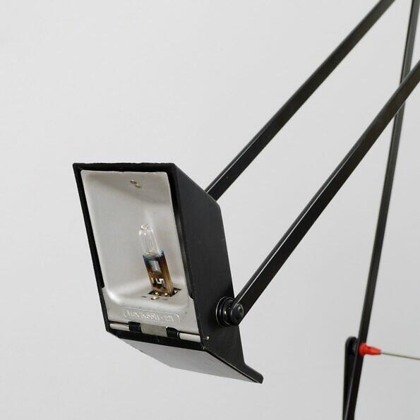 Lampa Tizio Artemide reflektor z żarówką