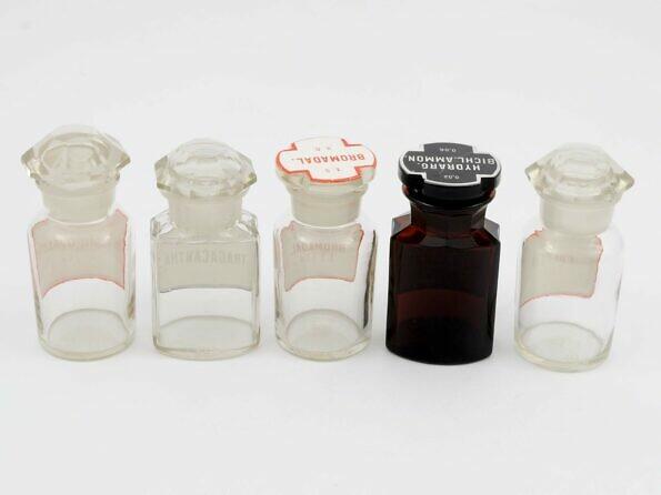 Stare buteleczki apteczne