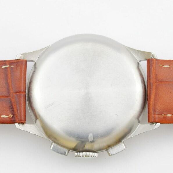 Spód koperty zegarka Tavannes chronograf