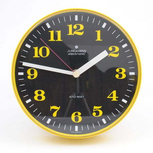zegar ścienny Junghans, lata 70.
