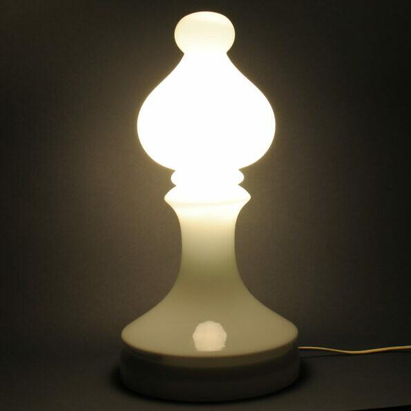Lampa goniec, proj. Ivan Jakeš